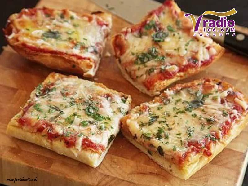 Pizza Roti Tawar Teflon Praktis